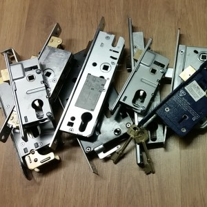 --Mortice & Sash Locks