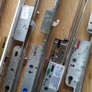 --Multi-Point Locks